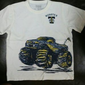 Oshkosh short sleeve t-shirt 24 months